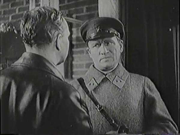 Родина зовёт _ Motherland Calls, The (1936) - историко-героический фильм.mp4_snapshot_00.58.53_[2016.09.14_13.23.25]