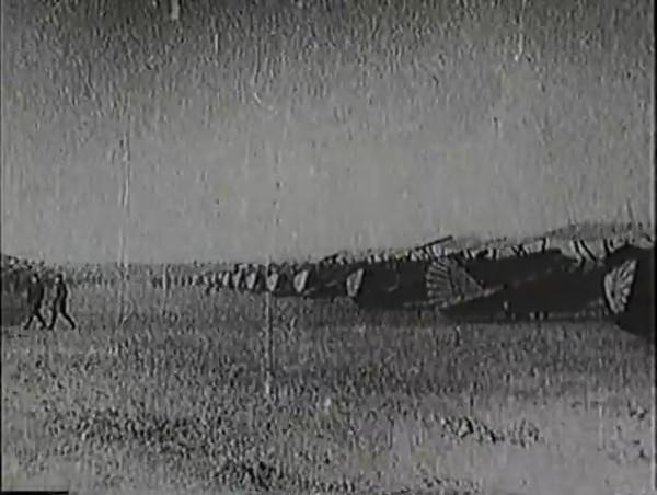 Родина зовёт _ Motherland Calls, The (1936) - историко-героический фильм.mp4_snapshot_01.01.50_[2016.09.14_13.25.58]