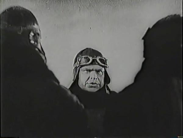 Родина зовёт _ Motherland Calls, The (1936) - историко-героический фильм.mp4_snapshot_01.02.39_[2016.09.14_13.26.55]