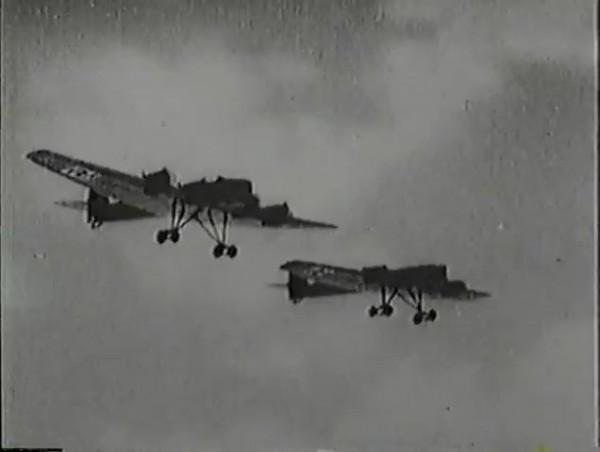 Родина зовёт _ Motherland Calls, The (1936) - историко-героический фильм.mp4_snapshot_01.07.35_[2016.09.14_13.31.28]