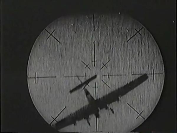 Родина зовёт _ Motherland Calls, The (1936) - историко-героический фильм.mp4_snapshot_01.09.31_[2016.09.14_13.34.31]
