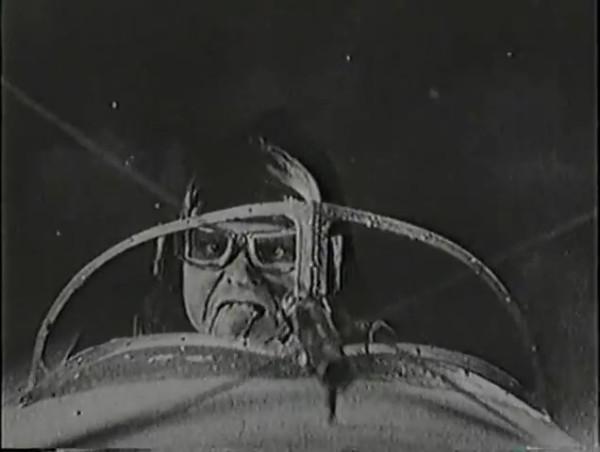 Родина зовёт _ Motherland Calls, The (1936) - историко-героический фильм.mp4_snapshot_01.11.00_[2016.09.14_13.36.13]