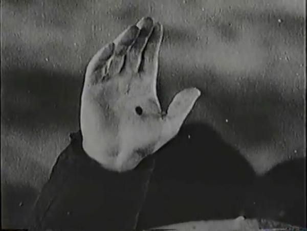 Родина зовёт _ Motherland Calls, The (1936) - историко-героический фильм.mp4_snapshot_01.11.33_[2016.09.14_13.37.04]