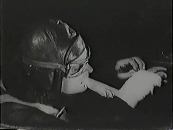 Родина зовёт _ Motherland Calls, The (1936) - историко-героический фильм.mp4_snapshot_01.11.47_[2016.09.14_13.37.22]