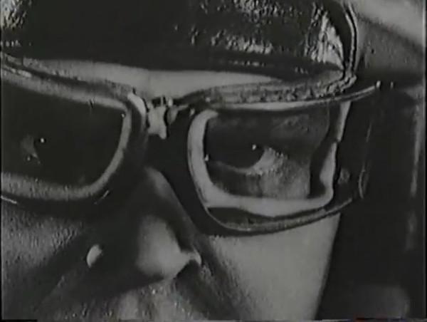 Родина зовёт _ Motherland Calls, The (1936) - историко-героический фильм.mp4_snapshot_01.12.30_[2016.09.14_13.37.58]