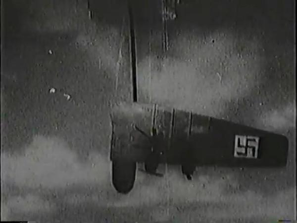 Родина зовёт _ Motherland Calls, The (1936) - историко-героический фильм.mp4_snapshot_01.12.34_[2016.09.14_13.38.05]