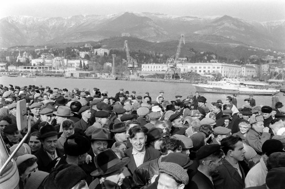 Американские туристы в Одессе и на полуострове-герое Крым 20 век,Холодная война,Фото,СССР