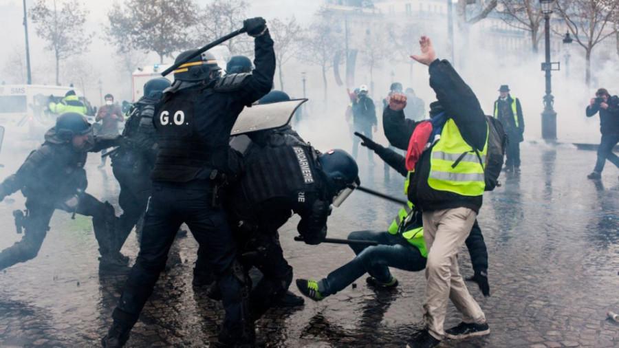 В Париже беспорядки Франция и ее история,19 век,Пресса