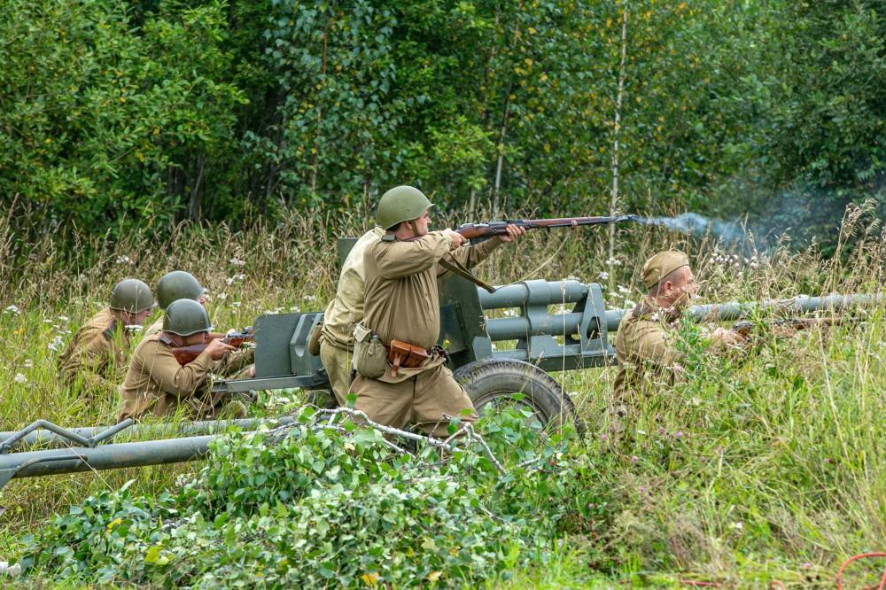 Сибиряки в бою