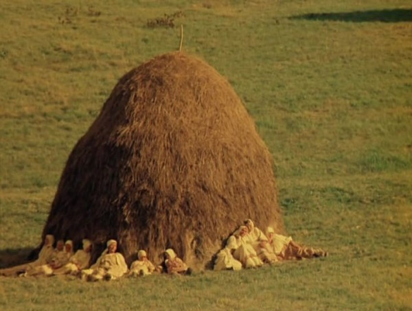 Nebyvalshina.(1983).DVDRip.by-Xamasas.avi_snapshot_00.04.16_[2017.06.04_10.42.22]