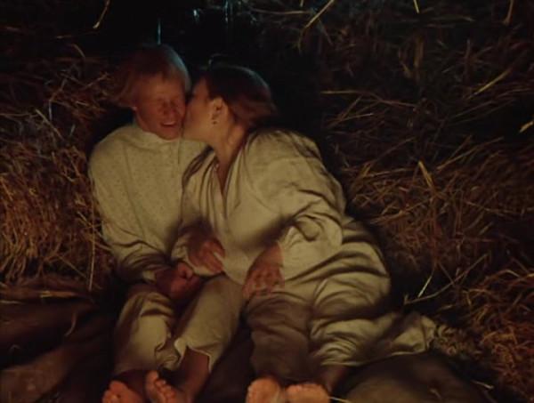 Nebyvalshina.(1983).DVDRip.by-Xamasas.avi_snapshot_00.10.51_[2017.06.04_10.53.26]