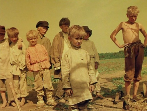 Nebyvalshina.(1983).DVDRip.by-Xamasas.avi_snapshot_00.13.28_[2017.06.04_10.59.12]