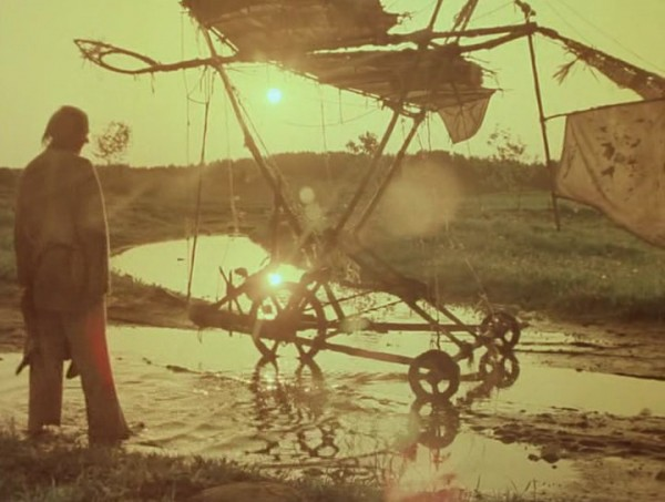 Nebyvalshina.(1983).DVDRip.by-Xamasas.avi_snapshot_00.15.21_[2017.06.04_11.02.08]