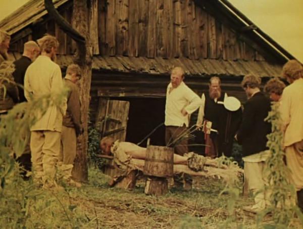 Nebyvalshina.(1983).DVDRip.by-Xamasas.avi_snapshot_00.19.07_[2017.06.04_11.08.05]