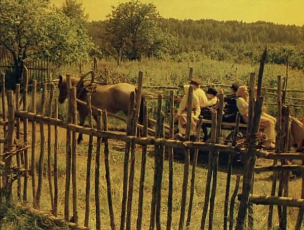 Nebyvalshina.(1983).DVDRip.by-Xamasas.avi_snapshot_00.19.50_[2017.06.04_11.09.27]