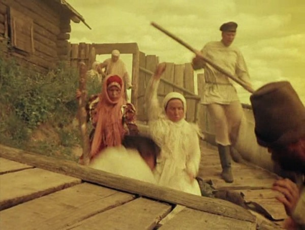 Nebyvalshina.(1983).DVDRip.by-Xamasas.avi_snapshot_00.29.42_[2017.06.04_11.38.40]