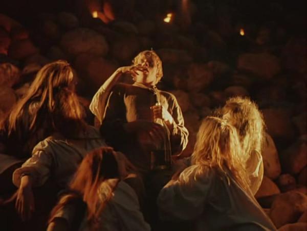 Nebyvalshina.(1983).DVDRip.by-Xamasas.avi_snapshot_00.55.09_[2017.06.04_12.31.34]