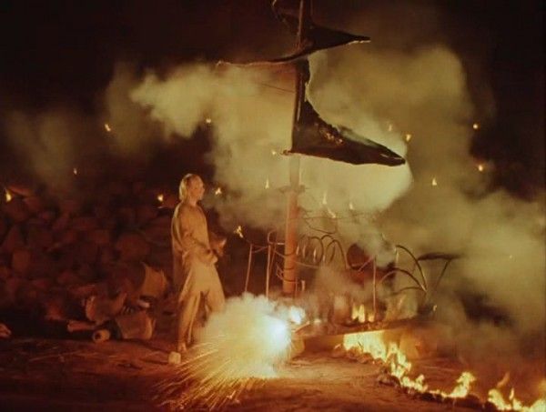 Nebyvalshina.(1983).DVDRip.by-Xamasas.avi_snapshot_00.56.00_[2017.06.04_12.33.13]