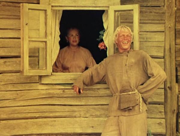 Nebyvalshina.(1983).DVDRip.by-Xamasas.avi_snapshot_01.02.20_[2017.06.04_12.40.53]