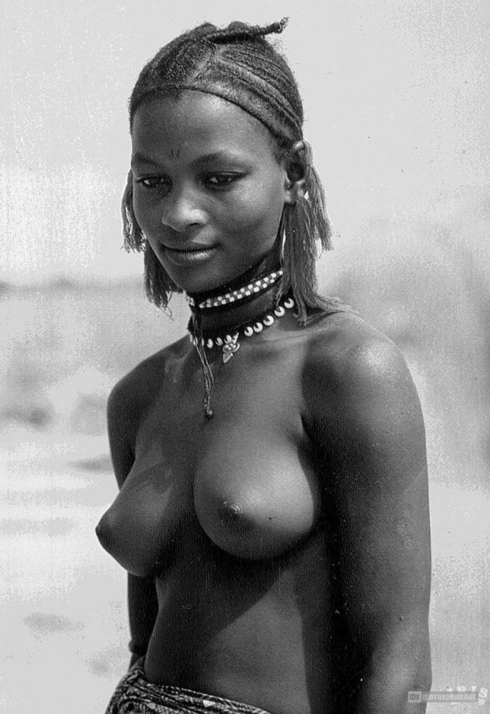 African village women nude photo — img 10