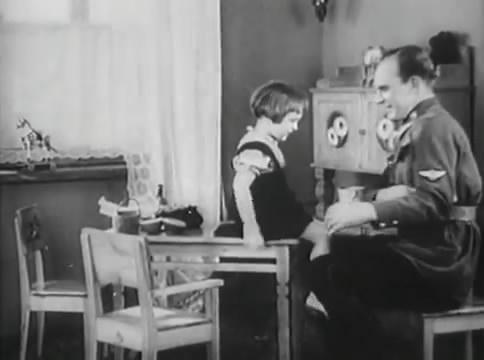 Глубокий рейд (1938).mp4_snapshot_03.46_[2016.05.12_15.51.10]