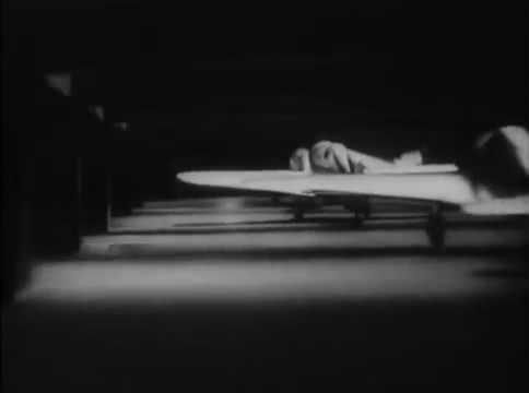 Глубокий рейд (1938).mp4_snapshot_29.54_[2016.05.12_16.26.02]