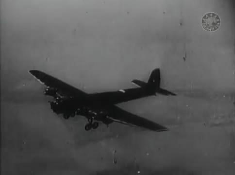 Глубокий рейд (1938).mp4_snapshot_30.54_[2016.05.12_16.27.22]