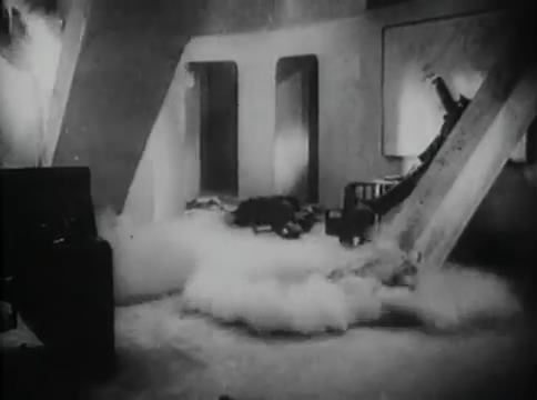 Глубокий рейд (1938).mp4_snapshot_33.04_[2016.05.12_16.31.03]