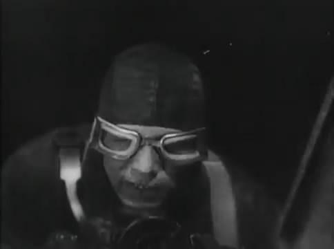 Глубокий рейд (1938).mp4_snapshot_46.51_[2016.05.12_16.47.10]