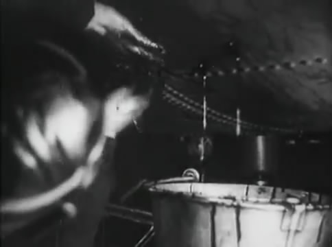 Глубокий рейд (1938).mp4_snapshot_47.42_[2016.05.12_16.49.09]