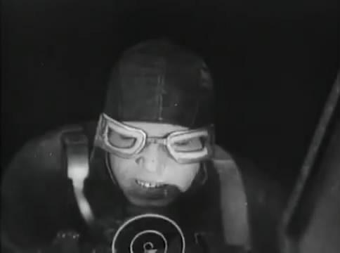 Глубокий рейд (1938).mp4_snapshot_48.12_[2016.05.12_16.49.53]
