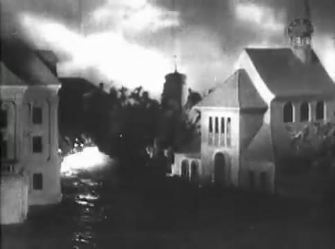 Глубокий рейд (1938).mp4_snapshot_50.58_[2016.05.12_16.54.05]