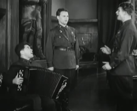 Танкисты (1939).mp4_snapshot_00.07.00_[2016.05.15_11.33.51]