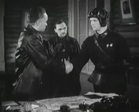 Танкисты (1939).mp4_snapshot_00.21.51_[2016.05.15_11.51.43]