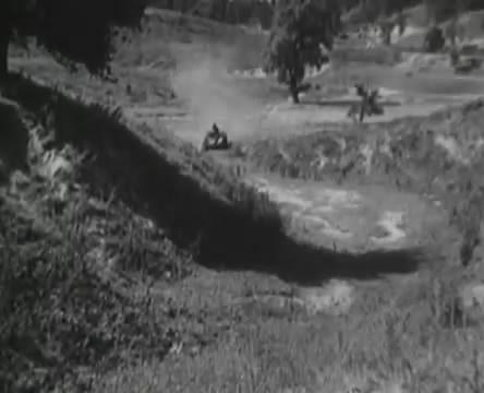 Танкисты (1939).mp4_snapshot_00.22.06_[2016.05.15_11.52.01]