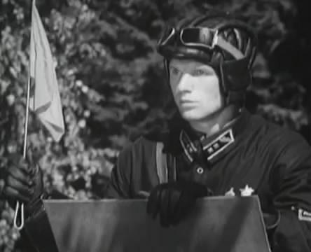 Танкисты (1939).mp4_snapshot_00.26.38_[2016.05.15_11.57.20]