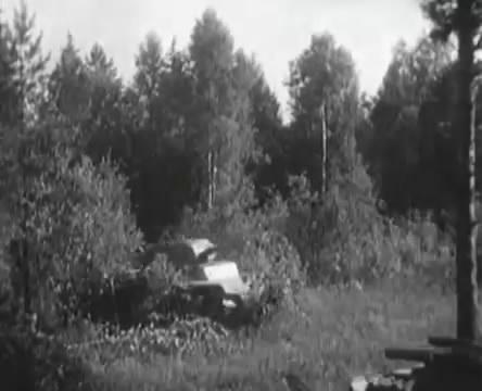 Танкисты (1939).mp4_snapshot_00.26.54_[2016.05.15_11.57.42]