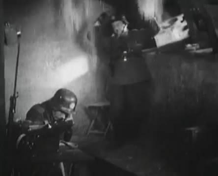 Танкисты (1939).mp4_snapshot_00.32.09_[2016.05.15_12.05.39]