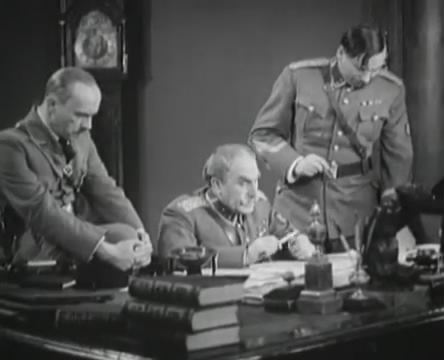 Танкисты (1939).mp4_snapshot_00.35.40_[2016.05.15_12.10.32]
