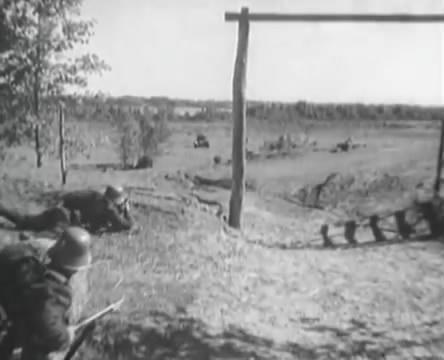 Танкисты (1939).mp4_snapshot_00.44.13_[2016.05.15_12.22.56]