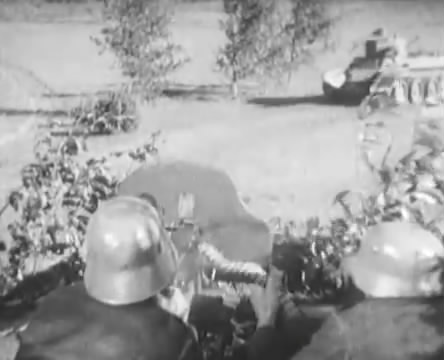 Танкисты (1939).mp4_snapshot_00.44.18_[2016.05.15_12.23.04]