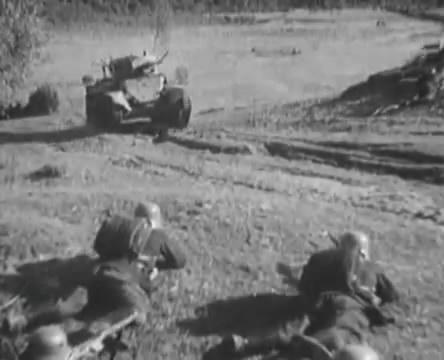 Танкисты (1939).mp4_snapshot_00.44.22_[2016.05.15_12.23.10]