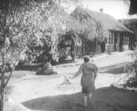 Танкисты (1939).mp4_snapshot_00.44.42_[2016.05.15_12.23.40]