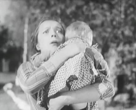 Танкисты (1939).mp4_snapshot_00.44.47_[2016.05.15_12.23.50]