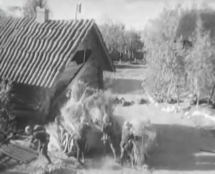 Танкисты (1939).mp4_snapshot_00.47.52_[2016.05.15_12.28.38]