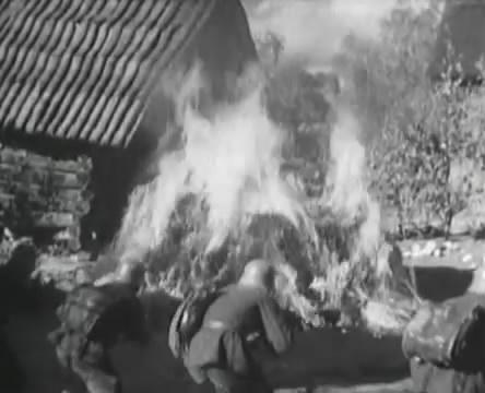 Танкисты (1939).mp4_snapshot_00.49.25_[2016.05.15_12.30.27]
