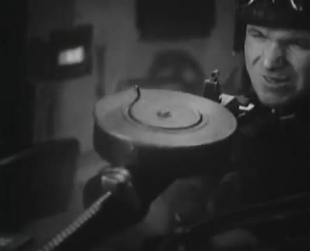 Танкисты (1939).mp4_snapshot_00.50.05_[2016.05.15_12.31.13]