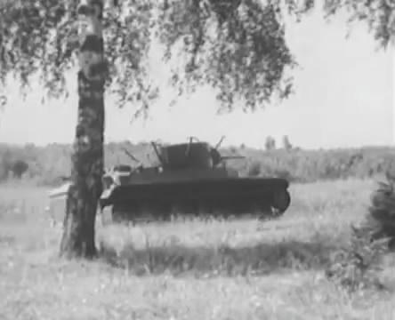 Танкисты (1939).mp4_snapshot_00.52.00_[2016.05.15_12.33.50]