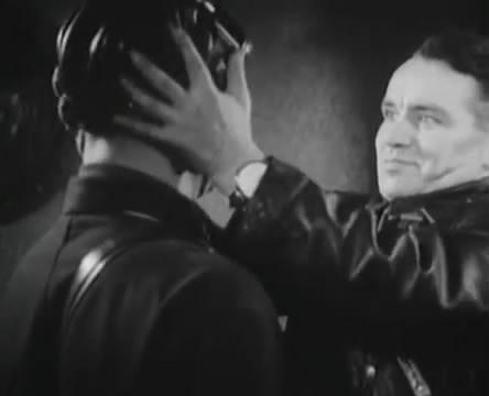 Танкисты (1939).mp4_snapshot_00.52.58_[2016.05.15_12.36.46]