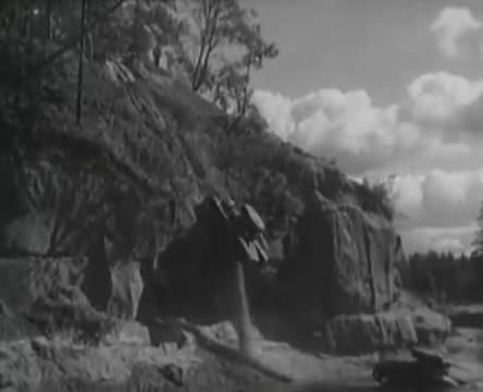 Танкисты (1939).mp4_snapshot_01.00.51_[2016.05.15_12.46.10]